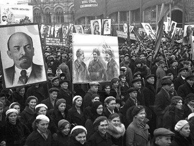 Фотосессии по-кремлевски и вожди в мармеладе