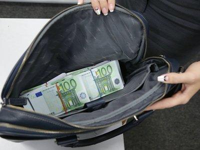 Дума поддержала штрафы для компаний за подкуп, направленный против интересов РФ