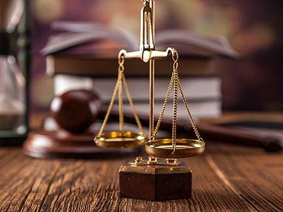Юрфирмы и суды - что нового за 100 лет