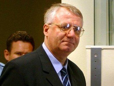 МТБЮ признал невиновным лидера сербских радикалов Воислава Шешеля