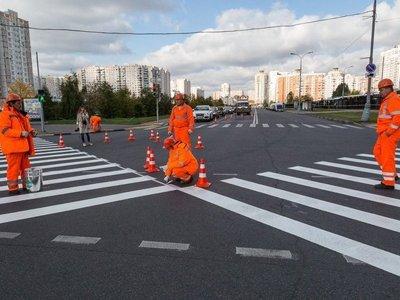 Правительство разрешило парковки под углом и диагональные пешеходные переходы