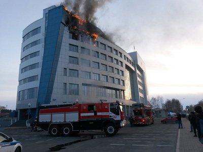 МЧС расследует причины пожара в Арбитражном суде ХМАО