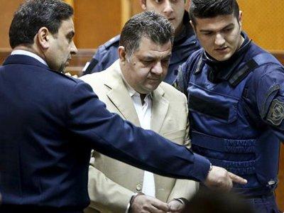 """В Греции начался суд над членами ультраправой партии """"Золотая заря"""""""