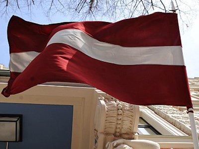 Суд Риги взыскал с полиции компенсацию в пользу критиковавшего экономику Латвии эксперта