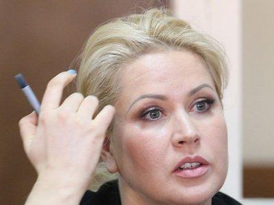 """Прокурор запросил для """"блондинки Сердюкова"""" и других фигурантов дела """"Оборонсервиса"""" условные сроки"""