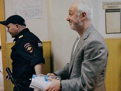 """Суд арестовал 227 млн руб. на счетах бывшего главы """"Роснано"""" Меламеда по его просьбе"""