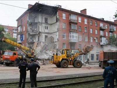 По делу о гибели жильцов при обрушении подъезда пятиэтажки следователи готовят аресты коммунальщиков