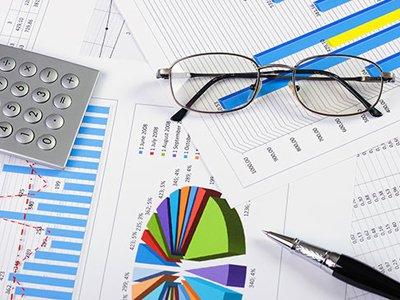 Блогеры проанализировали динамику финансовых показателей юркомпаний