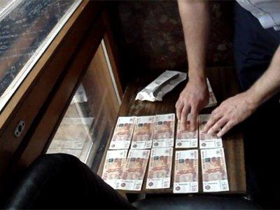 Размер судейских взяток вырос до 3 млн руб. по уголовным делам и 650 000 руб. - по гражданским