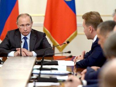 Путин поддержал внесение в законодательство определения опасного вождения