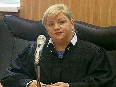 Судью Анну Хохлову судят по взяткам от адвокатов за подделку протоколов заседания