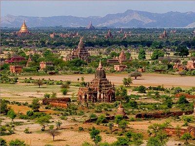 В Мьянме принят закон, обязывающий граждан согласовывать с властями смену вероисповедания