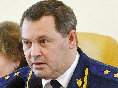 В Астрахани прощаются с застрелившимся прокурором
