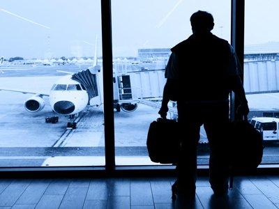 В российских авиакомпаниях обнаружены десятки пилотов, купивших себе право летать за 50 000 руб.