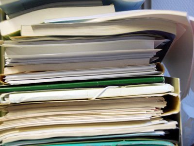 Кабмин просит перенести срок уплаты взносов на медстрахование безработных