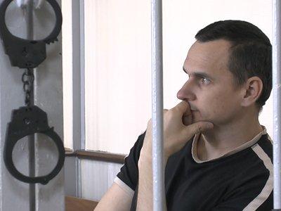 Суд назначил украинскому режиссеру Сенцову 20 лет за диверсии против присоединения Крыма