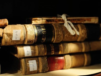 Американский суд разрешил взыскать с России $43,7 млн по делу о библиотеке Шнеерсона