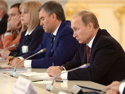 Путин призвал решить проблему выселения валютных ипотечников из-за долгов