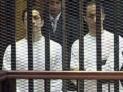 Египетский суд постановил освободить из тюрьмы сыновей Хосни Мубарака