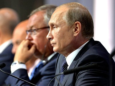 Глава ВТБ: число банков в России сократится до трехсот, но и этого количества будет достаточно