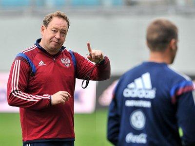 СМИ: РФС может отстранить тренера российской сборной после Евро-2016