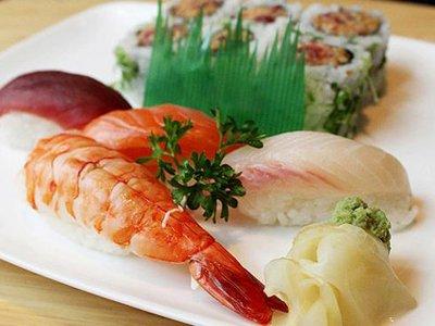 Ресторан японской кухни выплатит 30 000 руб. оказавшимся в больнице клиентам