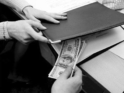 Дело экс-судьи, обещавшего за 6 млн руб. договориться со следствием, передано в суд