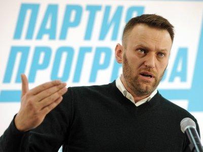 """""""Антимайдан"""" просит СКР проверить Навального из-за публикации о Лесине"""