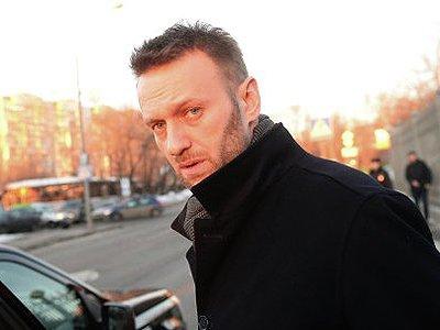Навальному грозит до 480 часов обязательных работ за клевету