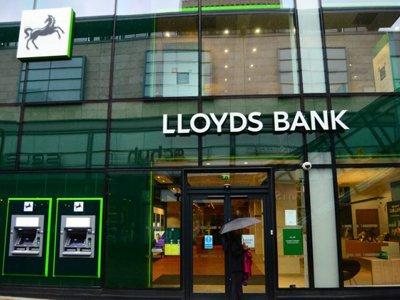 Lloyds Bank взял нового юрисконсульта из National Australia Bank