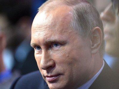 Путин своим указом лишил двух украинцев российского гражданства