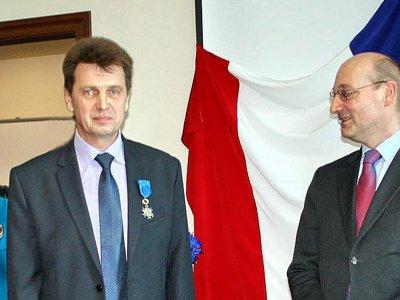 Франция наградила судью из Черниговки орденом за спасение ребенка
