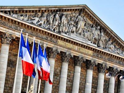Парламент Франции одобрил резолюцию об отмене антироссийских санкций