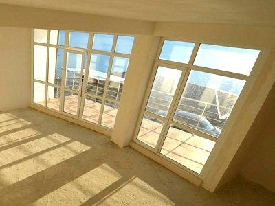 Суд разрешил застройщику пользоваться балконом одной из квартир после ее продажи