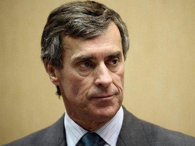 Экс-министр финансов Франции предстал перед судом за налоговое мошенничество