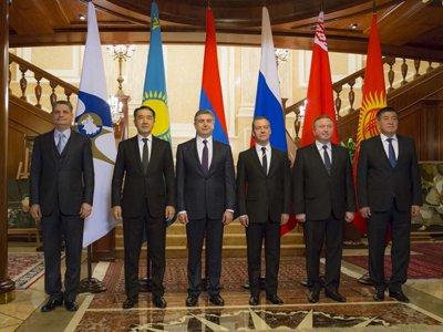 Путин одобрил подписание контракта оТаможенном кодексе ЕврАзЭС— РФ