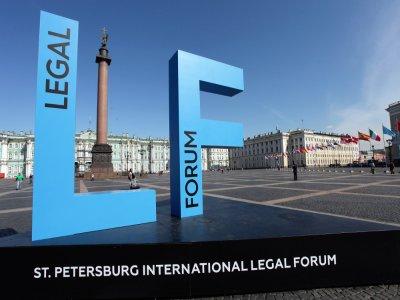 ПМЮФ-2017: партнеры зарубежных юрфирм посоветовали рекламировать российские юррейтинги за рубежом