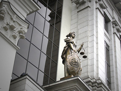 Какая цифровая подпись нужна уголовным адвокатам, разобрался ВС