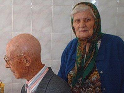 На пенсионерку напала замдиректора учреждения