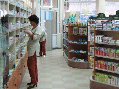 Возбуждено дело на директора аптеки, распылившую газовый баллончик в лицо женщине-приставу