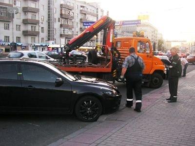 Автоинспектор, отправивший на штрафстоянку машину вместе с ребенком, не виноват - ГИБДД