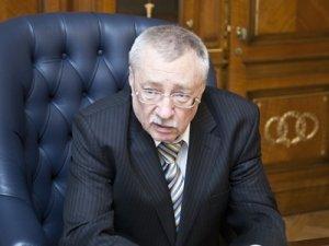Михаилу Клеандрову выпало предварительно изучать закон, оборвавших карьеру многих его коллег по судейскому сообществу