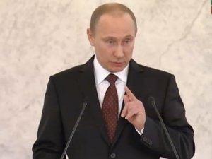 Путин снял с должностей ряд генералов СКР, МВД, ФСКН и высокопоставленных прокуроров